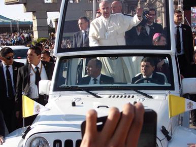 visita papa UDEM 2