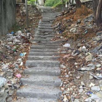Escaleras antes (1)